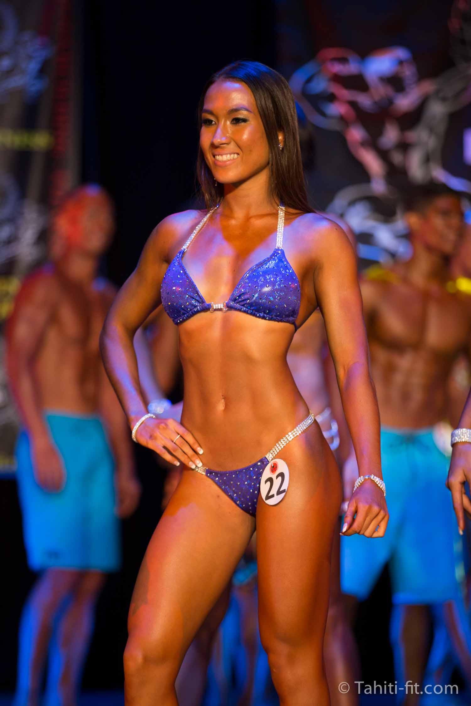 Anaëlle Lopez s'impose en bikini fitness © Tahiti-fit.com