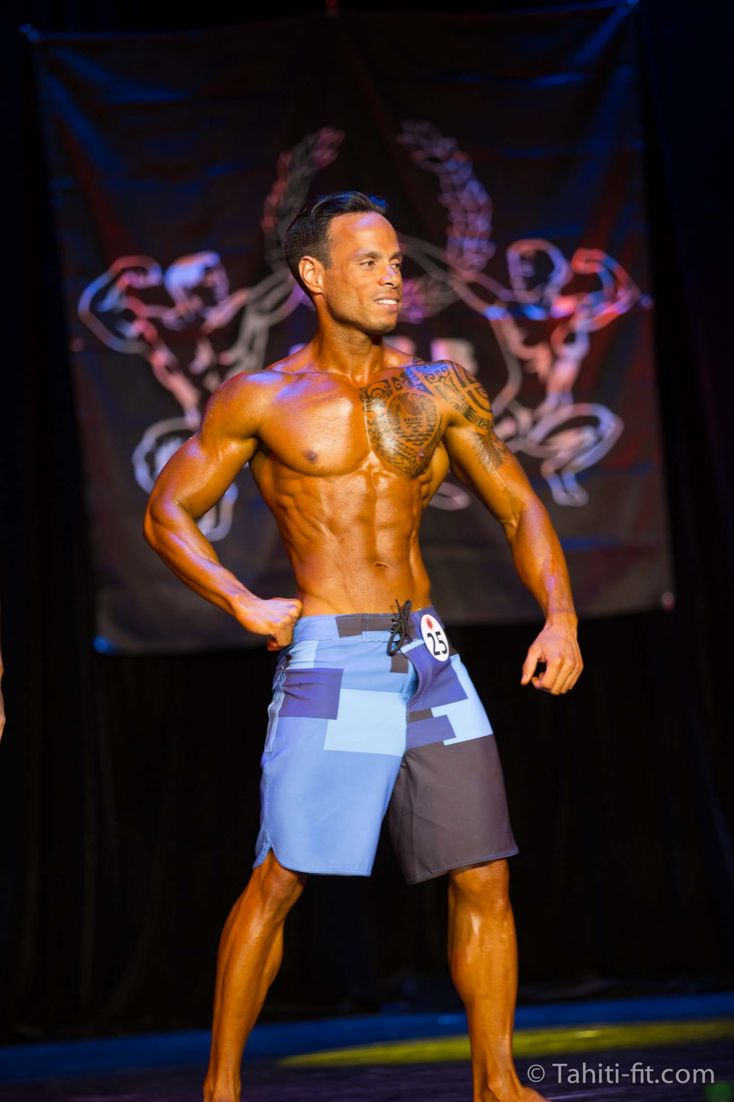 Jean Pierre de Guignes s'impose en men's physique © Tahiti-Fit.com