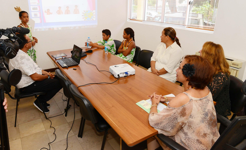 Des élèves de Tureia ont été reçus au ministère de l'éducation