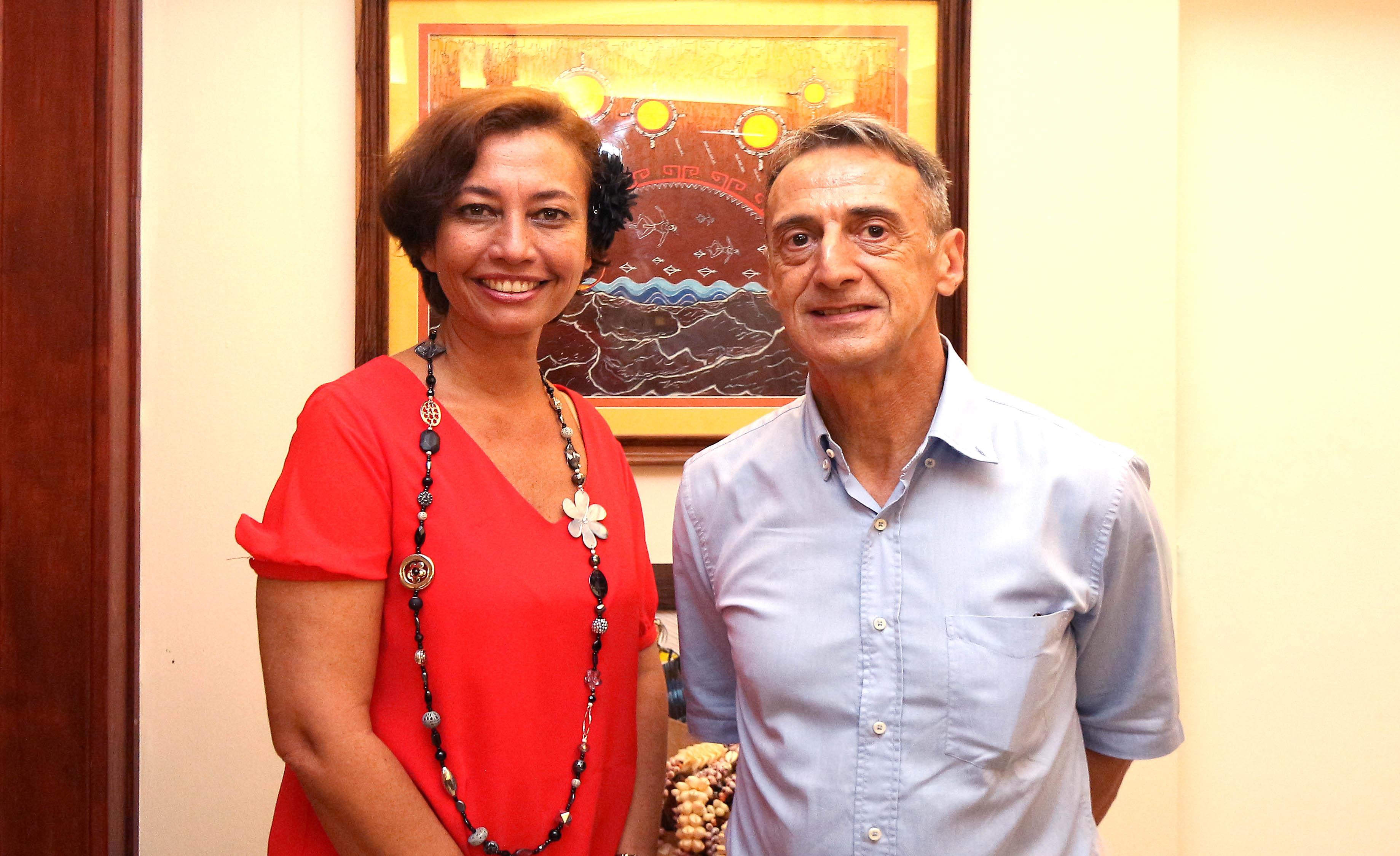 Sport dans la région Pacifique : la ministre de l'Education reçoit l'ambassadeur de France en Papouasie-Nouvelle-Guinée