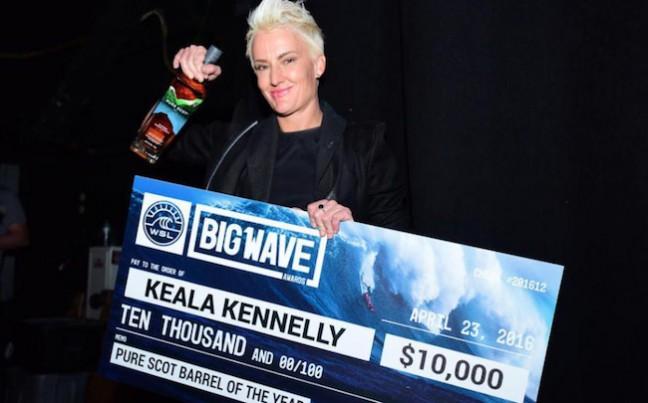 Keala Kennelly remporte cette année une catégorie mixte