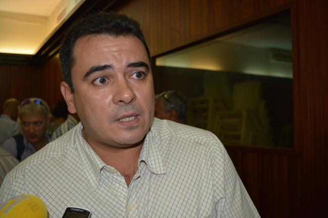 Teva Rohfritsch le ministre de l'économie bleue à l'issue de la réunion ce lundi après-midi avec les représentants de la pêche hauturière en Polynésie.