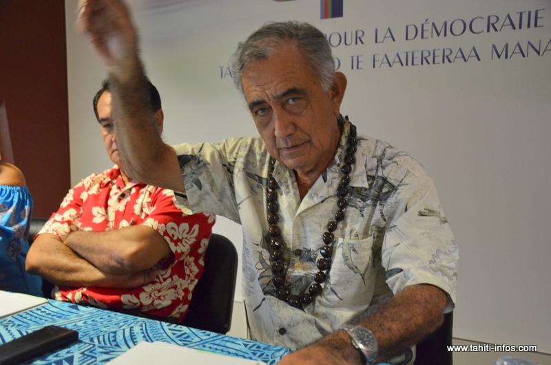 Oscar Temaru, mercredi matin lors de la conférence de presse organisée dans les locaux du groupe UPLD à l'assemblée.