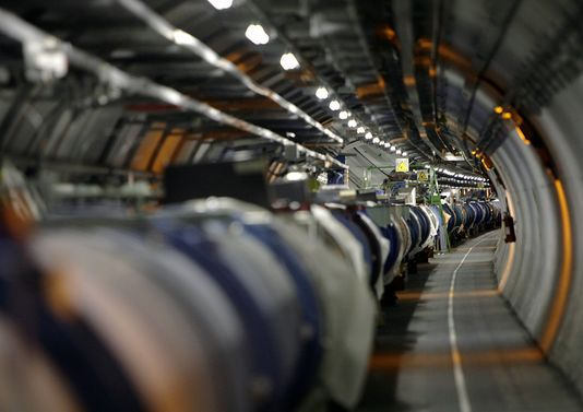 Le LHC (Large Hadron Collider)  à la frontière franco-suisse. Photo : AFP