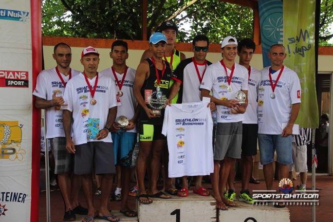 Triathlon : Le trio Keahi Agnieray, Cédric Wane, Teiva Izal vainqueurs au scratch