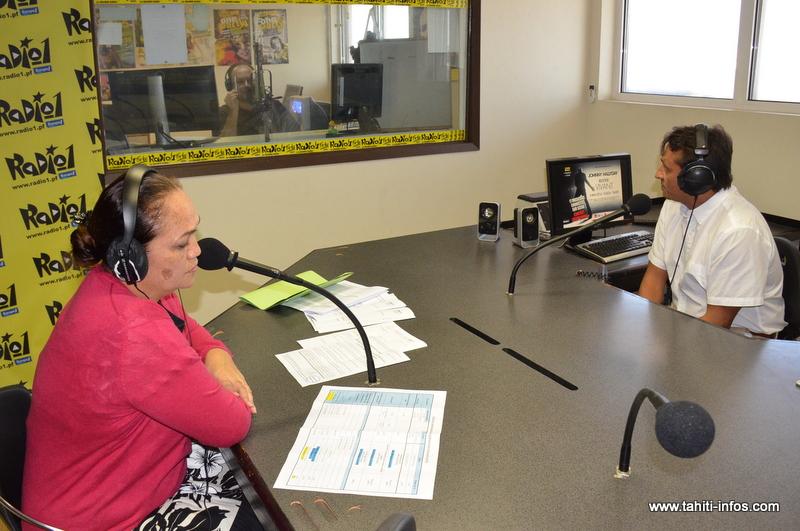 Tina Cross et Nuihau Laurey dans le studio de Radio 1 le 26 avril 2016.