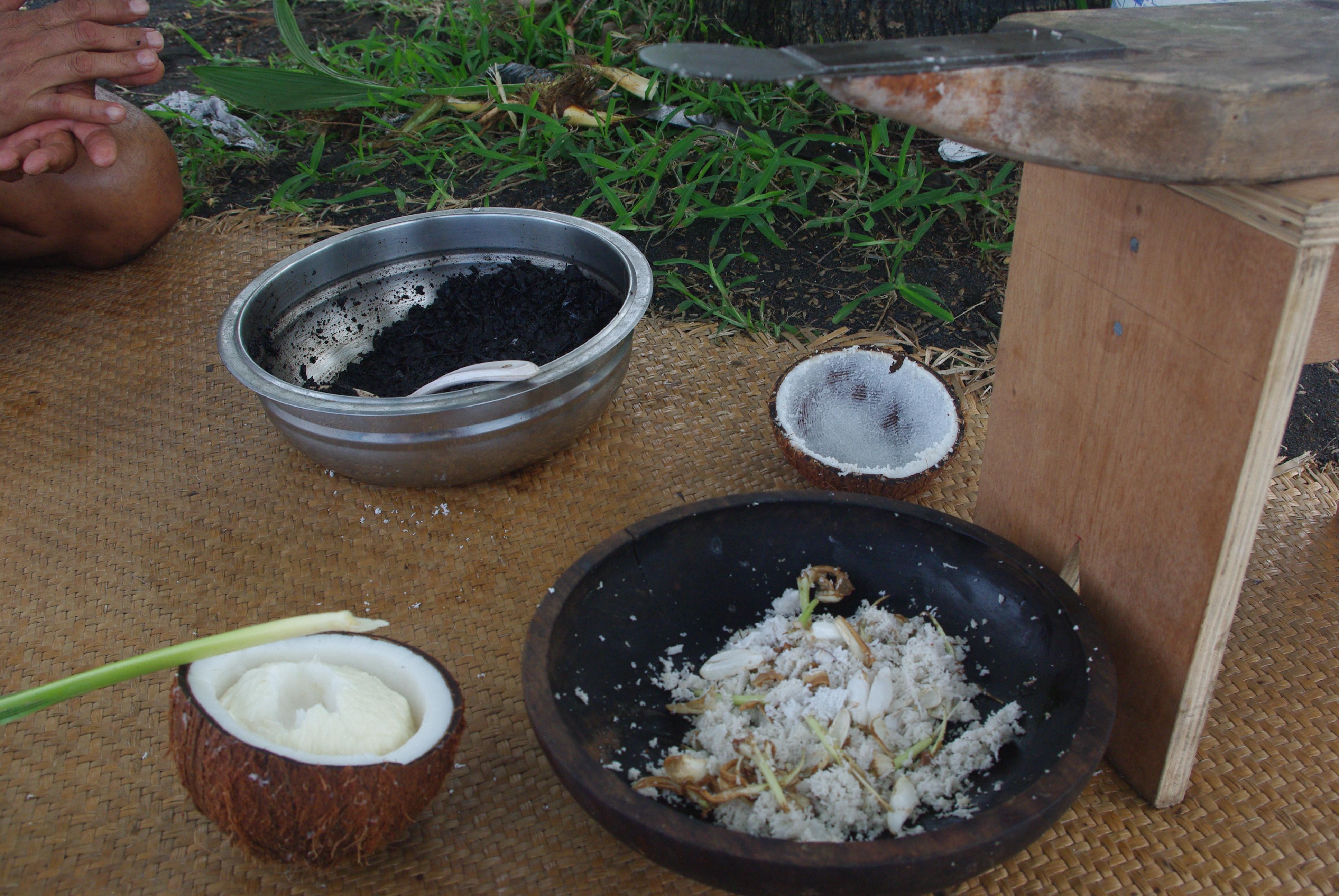 Le mono'i entre production artisanale et production industrielle