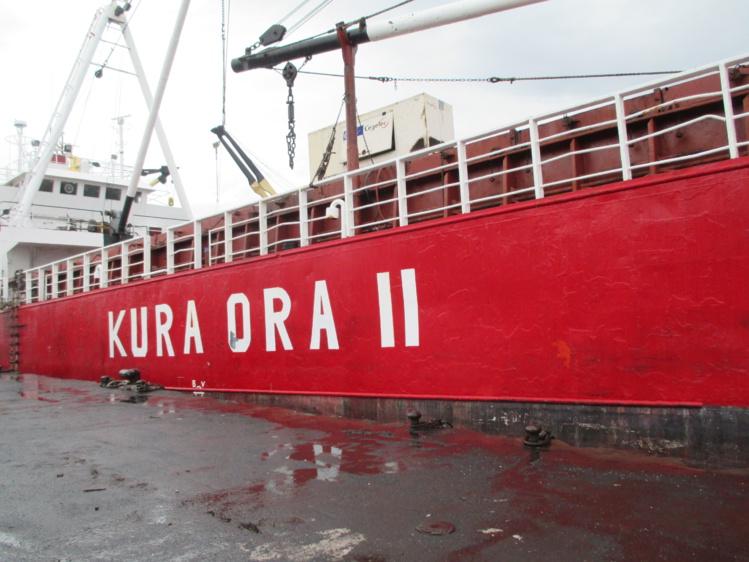 Le Kura Ora II pouvait embarquer jusqu'à 1 000 tonnes de fret.