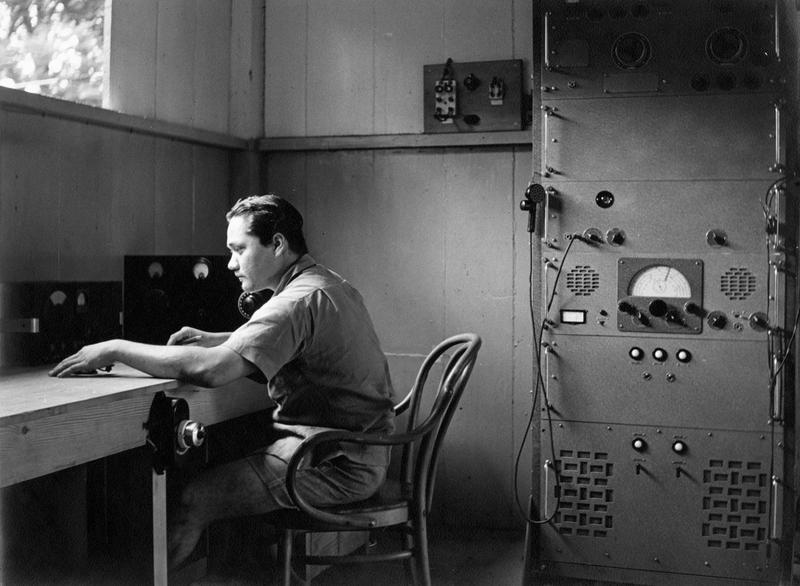Le technicien Toto Sarciaux aux Marquises en 1953