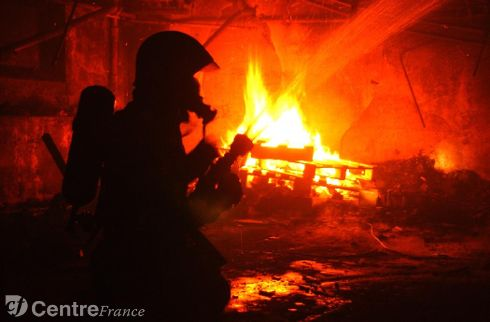 Taiarapu : ivre, sa maison prend feu sans qu'il s'en aperçoive