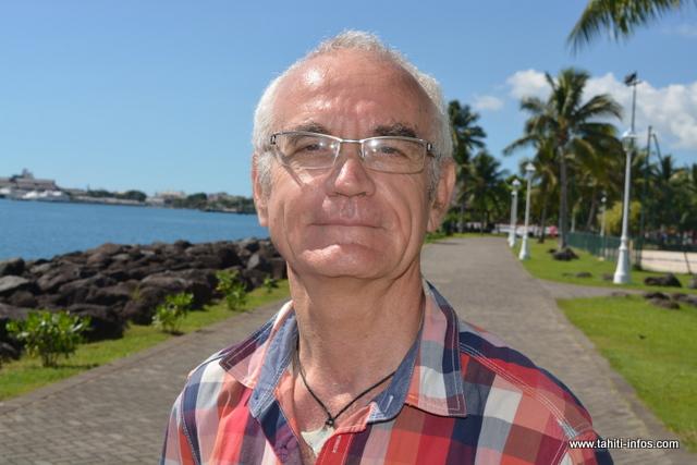 Pierre Henri a découvert qu'il était une personne précoce à 50 ans. Aujourd'hui, il est content de pouvoir aider ces jeunes à se retrouver.