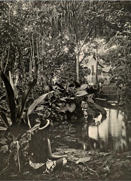 Le bain de la Reine en 1924. Photo Lucien Gauthier