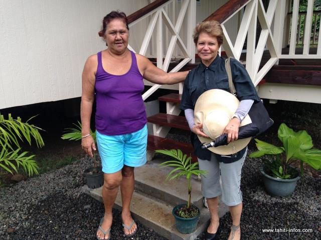 Valentine Raucher avec Chantal Kwong, adjointe au maire en charge du logement social à Mahina