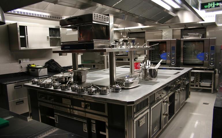 Restaurants les notes des contr les sanitaires bient t for Art cuisine tahiti