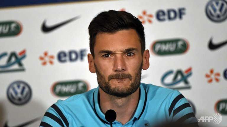 Euro-2016 - France: Lloris égale le record de capitanat de Deschamps
