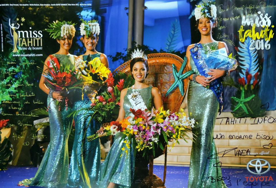 De très belles perles pour les nouvelles Miss Tahiti
