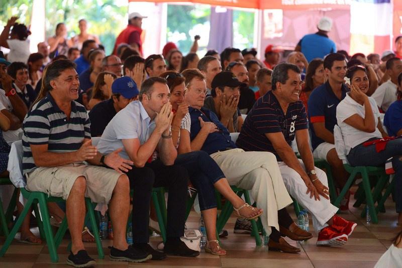 Le président Fritch et le haut-commissaire Bidal ont regardé le match ensemble