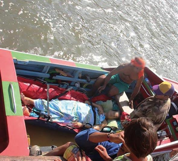L'évacuation sanitaire d'une patiente la semaine dernière (crédit photo : A. Pouzoulet).