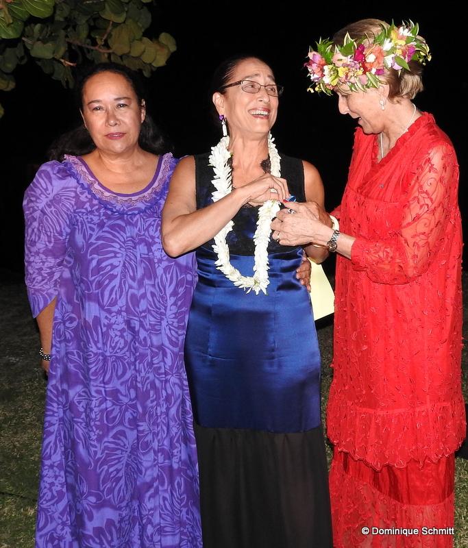 Ses amies Manouche Lehartel et Maiana Bambridge lui ont adressé un vibrant hommage.