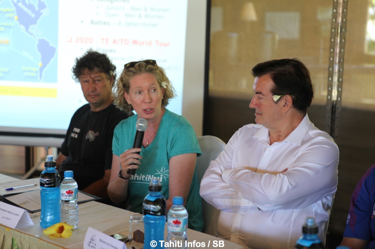 Lara Collins Présidente de la FIV