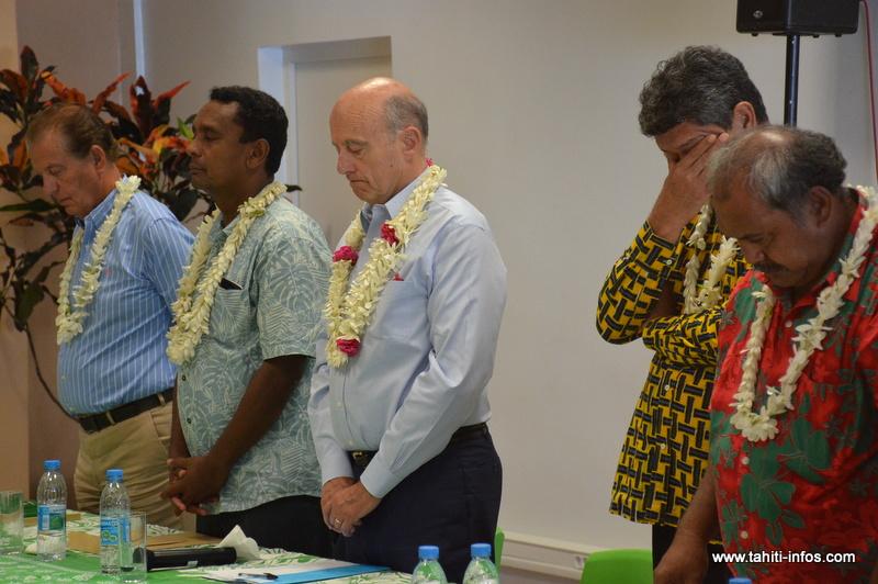 Alain Juppé, mercredi à l'issue de sa rencontre sur le thème du nucléaire avec les associations de défense des anciens travailleurs du nucléaire, de protection de l'environnement et les représentants des églises catholique et protestante polynésiennes.