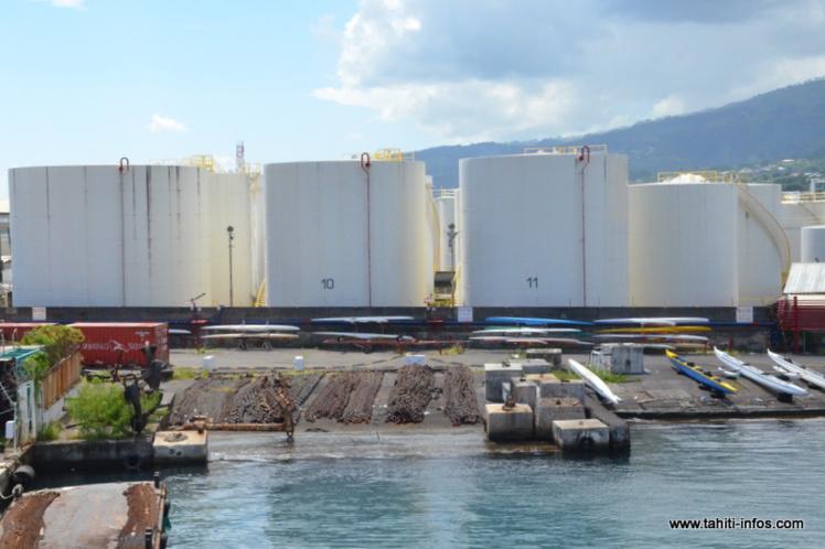 Transfert des dépôts d'hydrocarbures : les travaux doivent commencer en janvier