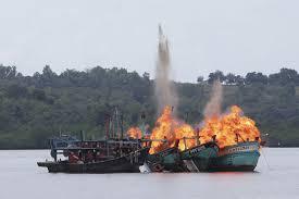 Pêche illégale: l'Indonésie va couler des dizaines de bateaux étrangers confisqués