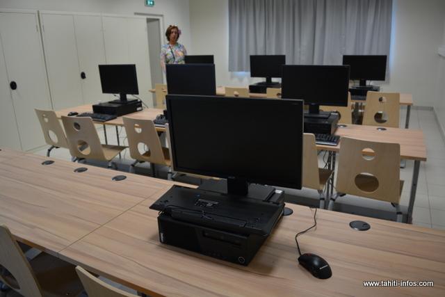 Les élèves pourront également s'initier à l'informatique