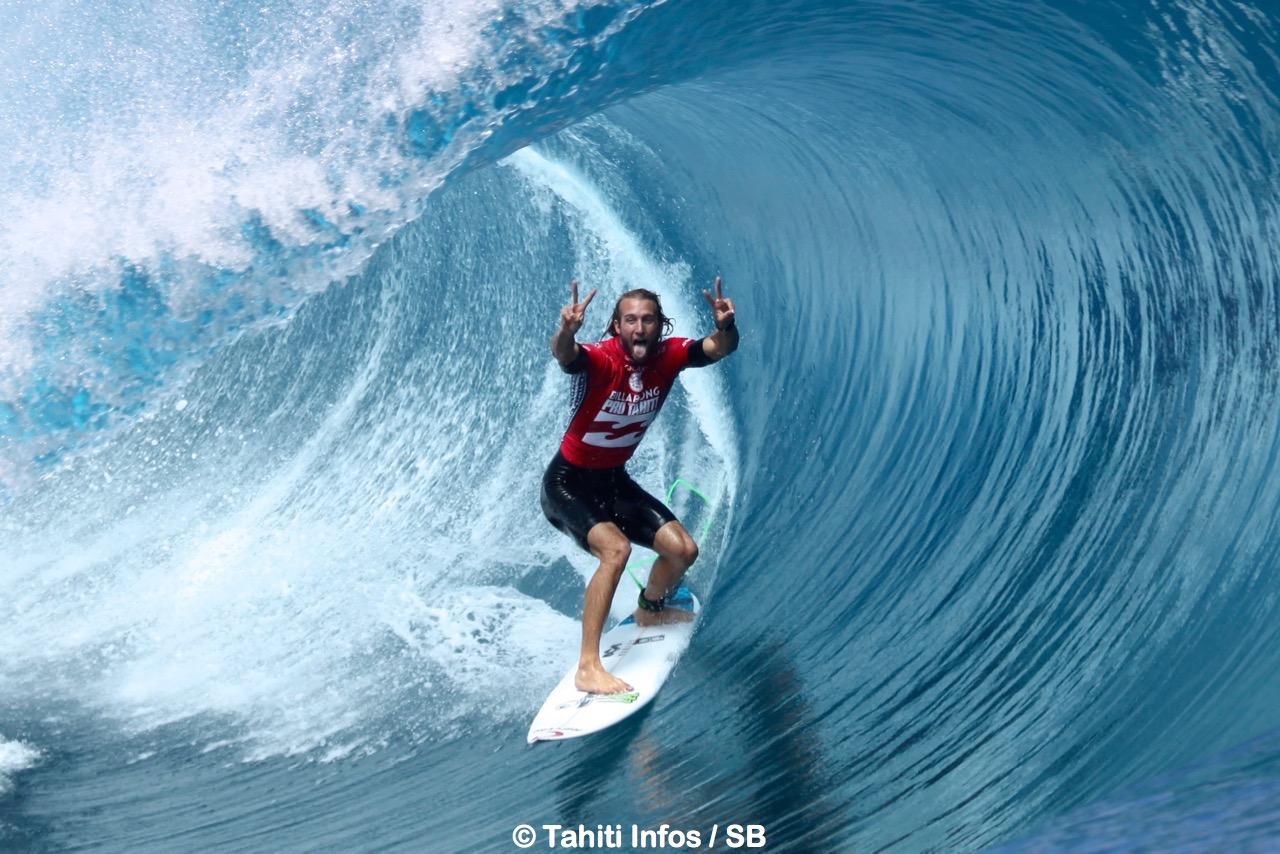 Une victoire pour le surf mondial (Owen Wright à Teahupo'o)