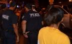 Il menace les policiers venus l'interpeller et leurs familles