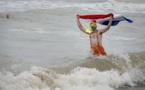 En France et aux Pays-Bas, bain glacé dans la Mer du Nord pour le Nouvel An