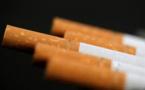 Tabac: moins de cigarettes vendues en 2016, les causes font débat