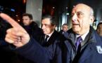 """Présidentielle: Juppé exclut """"clairement et définitivement"""" d'être un recours en cas de retrait de Fillon"""