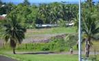 "Place au ""Village tahitien"" à Outumaoro"