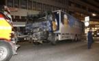 """Attentat au camion à Stockholm: 4 morts, un gardé à vue pour """"acte terroriste"""""""