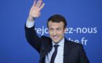"""Macron: """"On tourne clairement aujourd'hui une page de la vie politique française"""""""