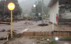 Routes abîmées, éboulements, des pluies torrentielles s'abattent sur les Marquises