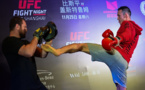 """""""Supermaman"""" et """"La Sangsue"""": les MMA s'installent en Chine"""
