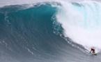 Surf de gros – Hawai'i : Tikanui Smith a surfé Jaws à la nage