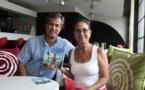 'Api Tahiti sort la Marque rouge, un livre de Tumata Robinson et Anthony Cier Foc