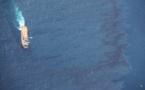 Page enfant : Une marée noire grande comme trois fois Moorea