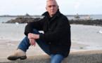 Le navigateur Loïck Peyron sur les traces de l'Amoco Cadiz
