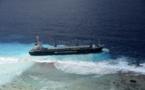 Un cargo philippin s'échoue à Raroia
