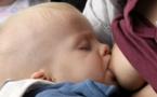 Bataille sur l'allaitement maternel à l'OMS, Trump défend le lait en poudre