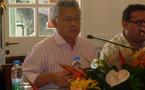 Gaston Tong Sang s'exprime sur les conséquences du rejet du budget 2011 par la commission des finances