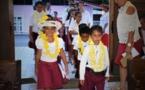 Les enfants de l'école du dimanche mènent le culte à Mahina