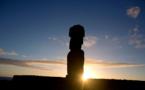 Des Britanniques sur l'île de Pâques en vue de la restitution d'une statue