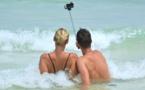 Le selfie cinq fois plus mortel que les attaques de requins
