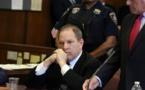 Une 3e femme prête à témoigner contre Harvey Weinstein, son procès reporté