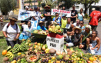 """Eco-tour avec une brouette : """"La solidarité des Polynésiens est magnifique"""""""